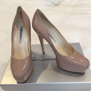 Shoes - Brian Atwood nude platform heeled pumps in EUC